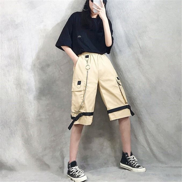 Harajuku Streetwear Women Casual Harem shorts With Chain Solid Black Cargo Gothic Cool Fashion Hip Hop Long Trousers Capris 2