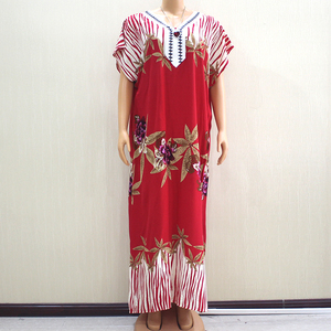 Image 1 - 2019 Fashion New Arrival Wonderful Red 100% Cotton Appliques V Neck Short Sleeve Long Dress African Dashiki Long Dress