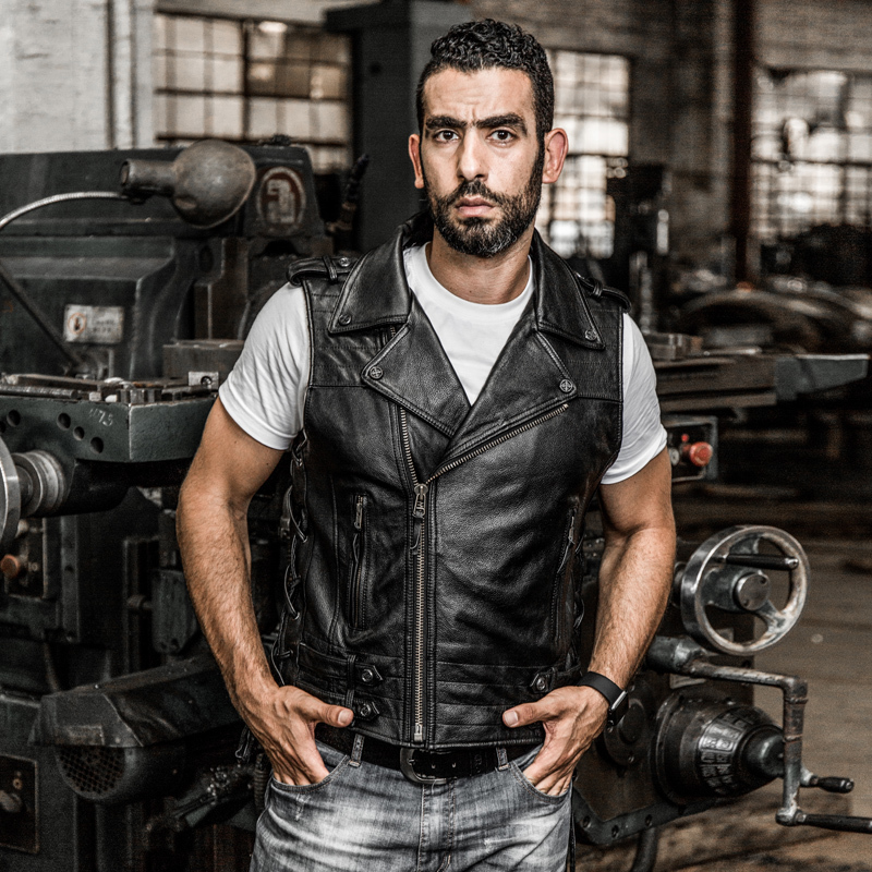2020 Men's Vintage Lapel Rivet Adjustable Waist Motorcycle Vest Men Sleeveless Cow Leather Biker Jacket Male