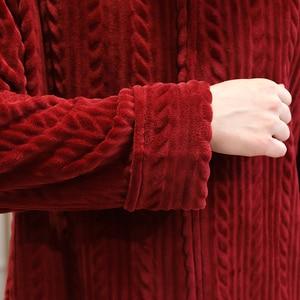 Image 5 - Peignoir en flanelle pour femme, grande taille, Robe de bain chaude, à capuche, confortable, avec fermeture éclair, vêtements de nuit pour mariée, hiver
