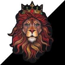 Новая объемная корона с объемным рисунком головы льва большая