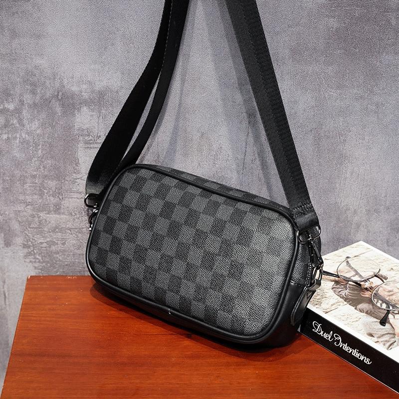 Men Leather Messenger Bag Fashion Small Charging Bag Male Small Handbag Mini Crossbody Bag Casual Travel Small Man Bag