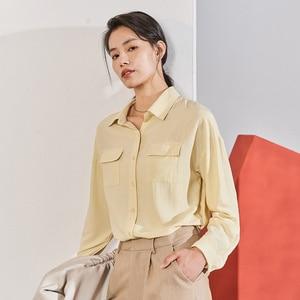 Image 3 - אינמן 2020 אביב חדש הגעה ספרותי מוצק צבע תורו למטה צווארון כיס יחיד חזה Loose סגנון נשים חולצה