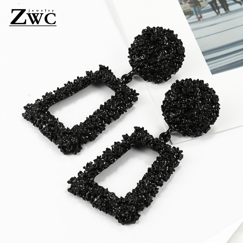 ZWCX New Elegant Big Vintage Metal Earrings for Women Gold Color Geometric Statement Drop Earring Hanging Fashion Trend Jewelry