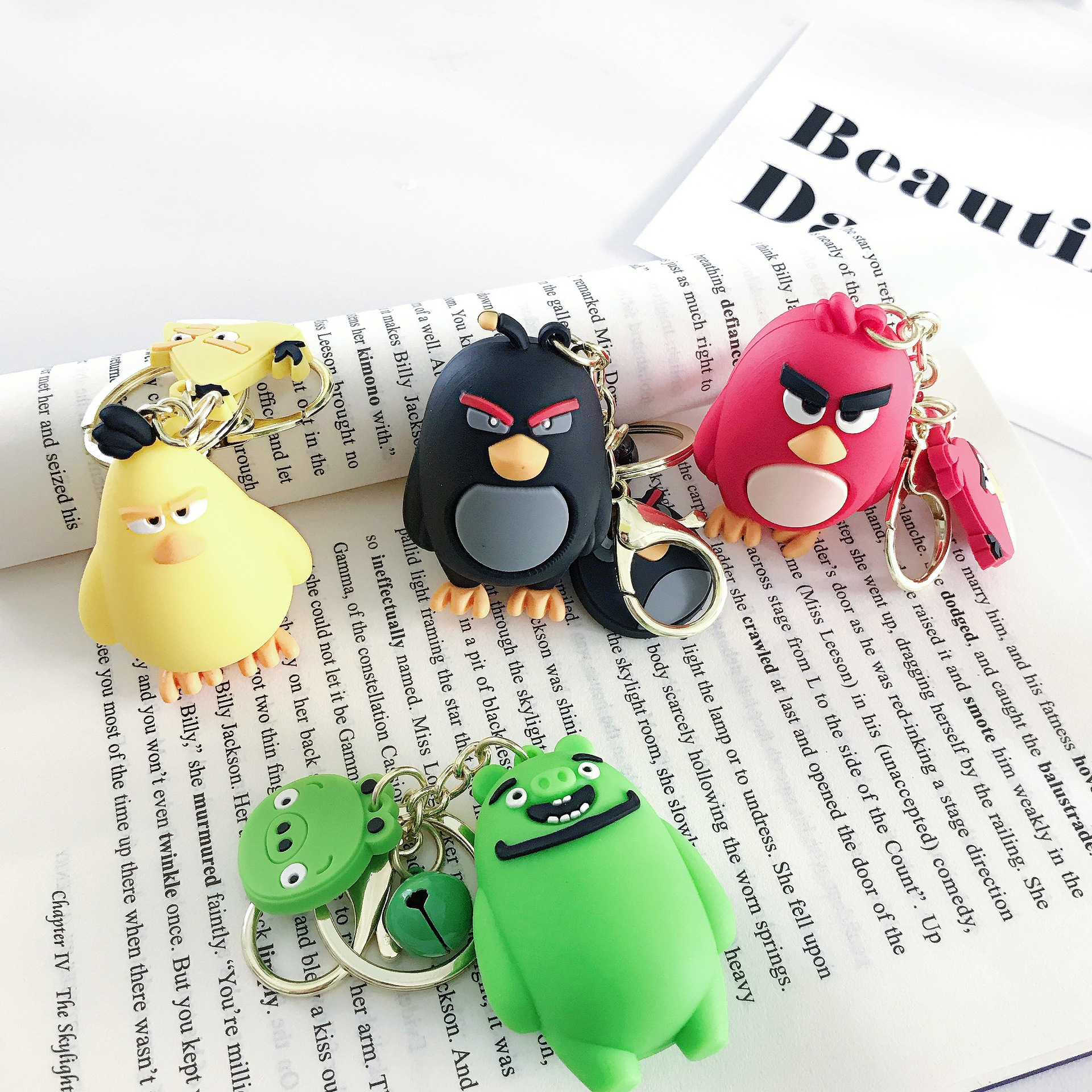 2020 New Angry Bird Key Chains Holder Cute Anime Hairy Bird Glass Cabochon Pendant Jewelry Keychain With Long Chain Gifts