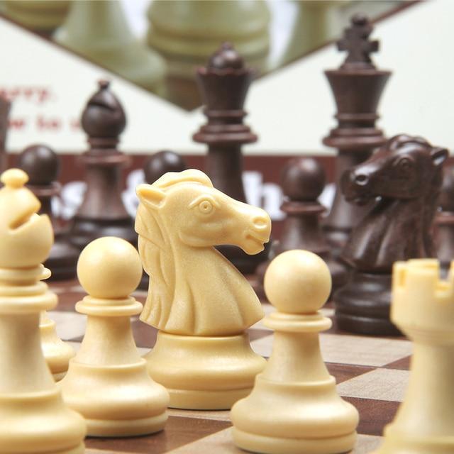 Jeu d'échecs magnétique de 4 tailles avec échiquier pliant en bois, jeu de voyage Portable pour enfants et adultes 5
