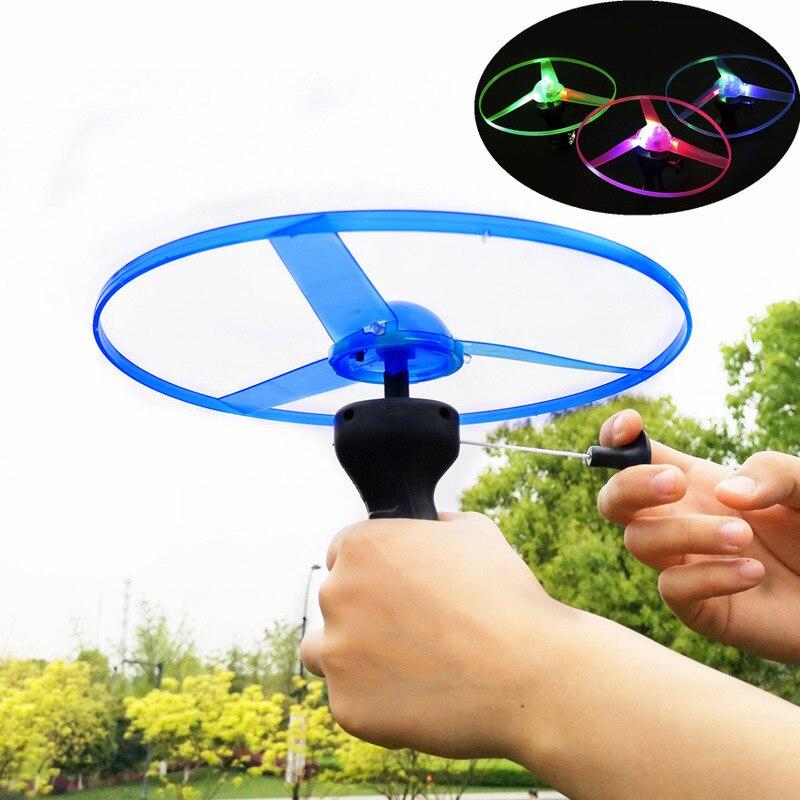 1 Uds juguetes para niños luz Flash Juguetes Divertidos colorido tira de luz LED UFO Up platillo volador disco que brilla en la oscuridad juguete para niños| |   - AliExpress