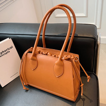 European and American High-quality Ladies Handbags 2021 New Female Bags Tide Pu Handbags Simple One-shoulder Messenger Bag