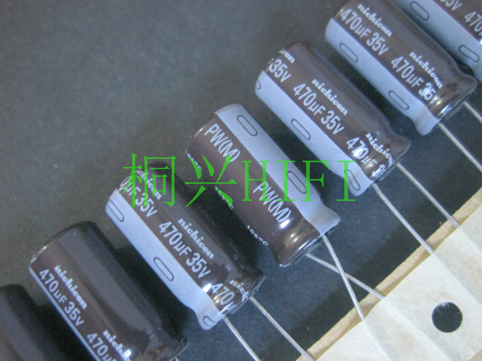 20PCS NEW NICHICON PW 35V470UF 10X20MM electrolytic capacitor 35V 470UF High frequency long life pw