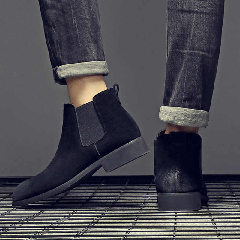 Yomior moda kış erkek Chelsea çizmeler kahverengi kayma inek deri trendi adam eğlence yarım çizmeler siyah yüksek Top rahat ayakkabılar