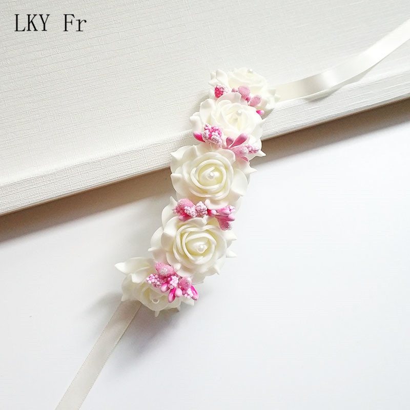 LKY Fr Wrist Corsage Wedding Bracelet For Bridesmaid Brides Hand Flower Foam Roses White Wedding Bracelet For Guests Accessories