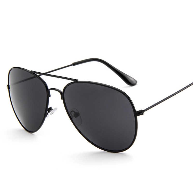 الكلاسيكية القرص الصلب إطارات معدنية نظارات الموضة الكلاسيكية مصمم نظارات من المرأة الرجال وصفت المؤنث النظارات Vinta