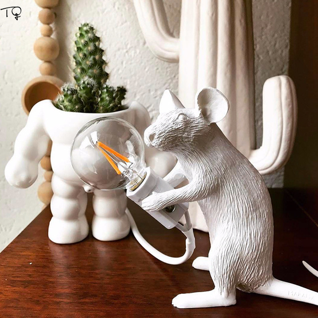 Nordic Resin SELETTI Mouse Lamps Table Black Gold Home Decorative Party Atmosphere Fantastic Gift Bookcase Bedroom Living Room