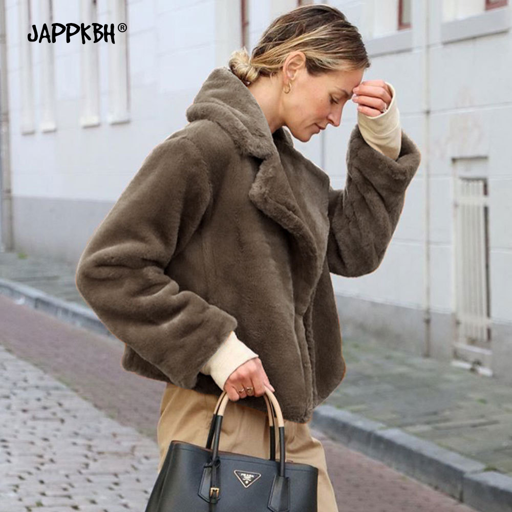 2019 Autumn Winter Faux Fur Coat Women Oversize Casual Short Teddy Coat Turn-down Collar Fur Jacket Female Thick Warm Outwear
