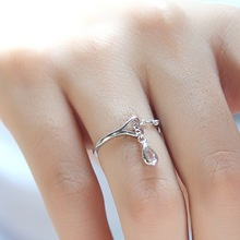 цена на Simple Chic Open Adjustable Water Drop Pendant Rings Creativity Women Fashion Jewelry Wedding Party Ring Gift