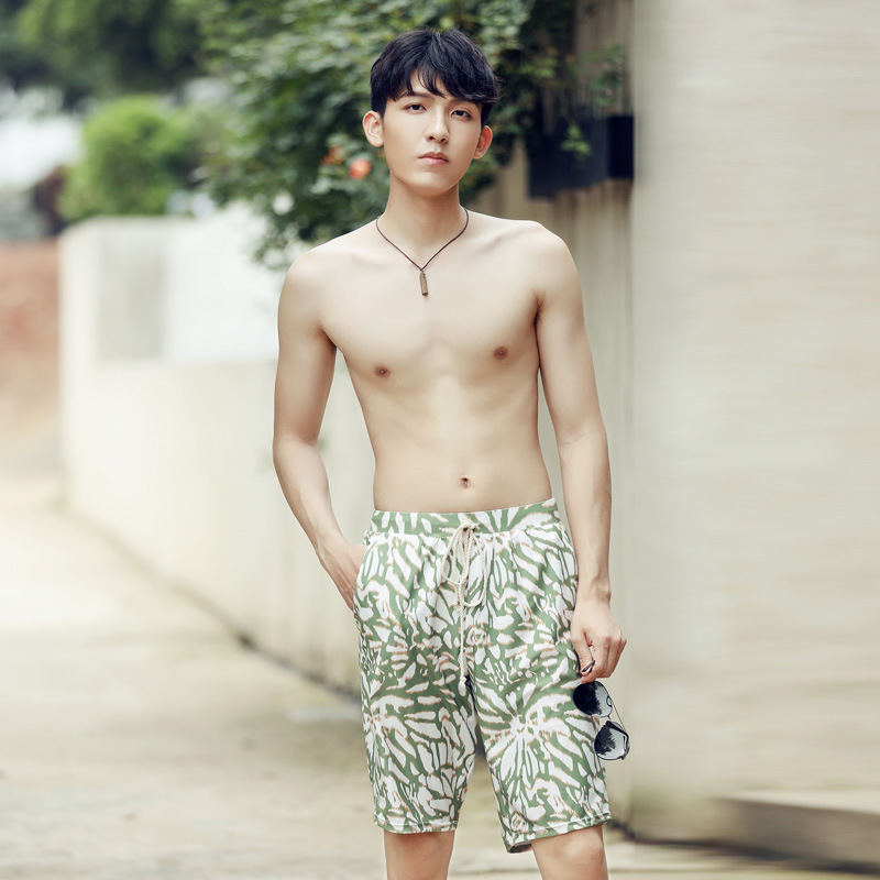 New Style Bathing Suit Fashion Men Casual Short Loose-Fit Beach Shorts