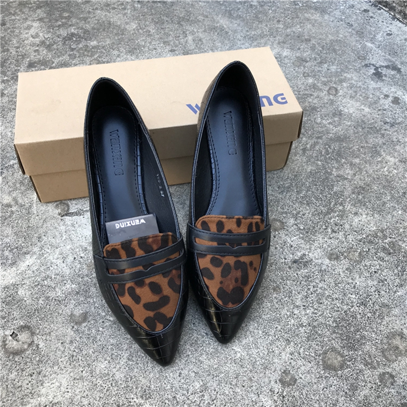 Fashion 2020 Spring Women Flats Shoes Leopard Print Shoes Woman Large Size EU41 Pointed Toe Slip On Loafers Ladies Casual Flats