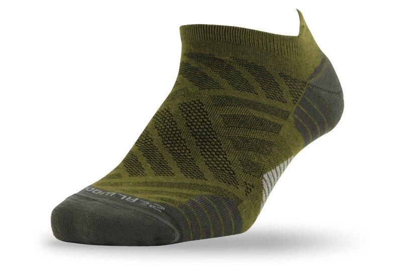 1 pair green