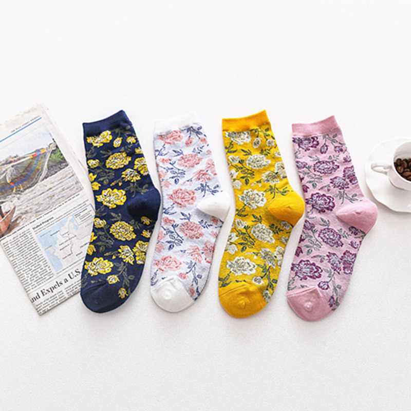 Women Fahison Flower Patterned Cotton Socks Original Casual Comfortable Socks For Couples Female Streetwear Joker Sox Trendy