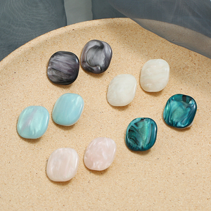 5 Colors Round Acrylic Clip Earrings For Women Statement Classic Geometric Ear cuffs Clip Earrings 2020 Female Wedding Jewelry