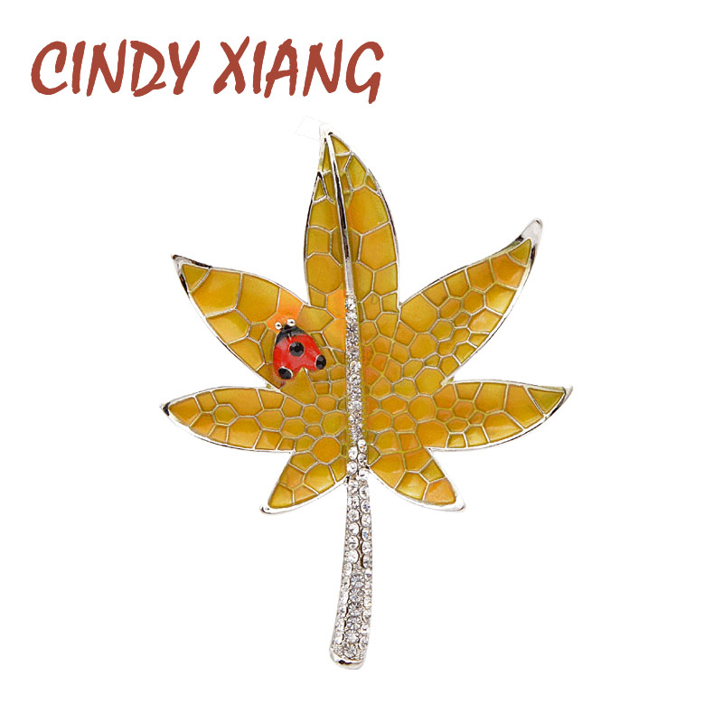 CINDY XIANG Enamel Maple Brooches For Women Small Ladybug Pin Creative Design Fashion Brooch Rhinestone Jewelry Coat Accessories