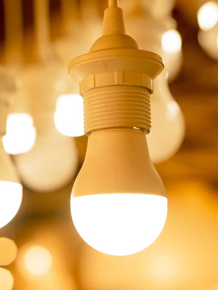 EnwYe HA CONDOTTO LA Luce E27 E14 LED Della Lampadina di CA 220V 240V 20W 24W 18W 15W 12W 9W 6W 3W Lampada HA CONDOTTO Il Riflettore Lampada Da Tavolo