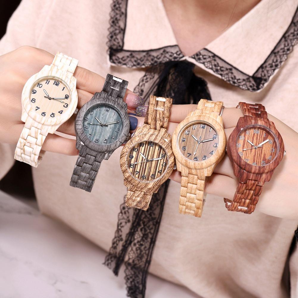 Unique Wrist Watch Women Wooden Grain Round Dial Arabic Number Resin Band Analog Quartz Wristwatch High Quality Resin Watch Band