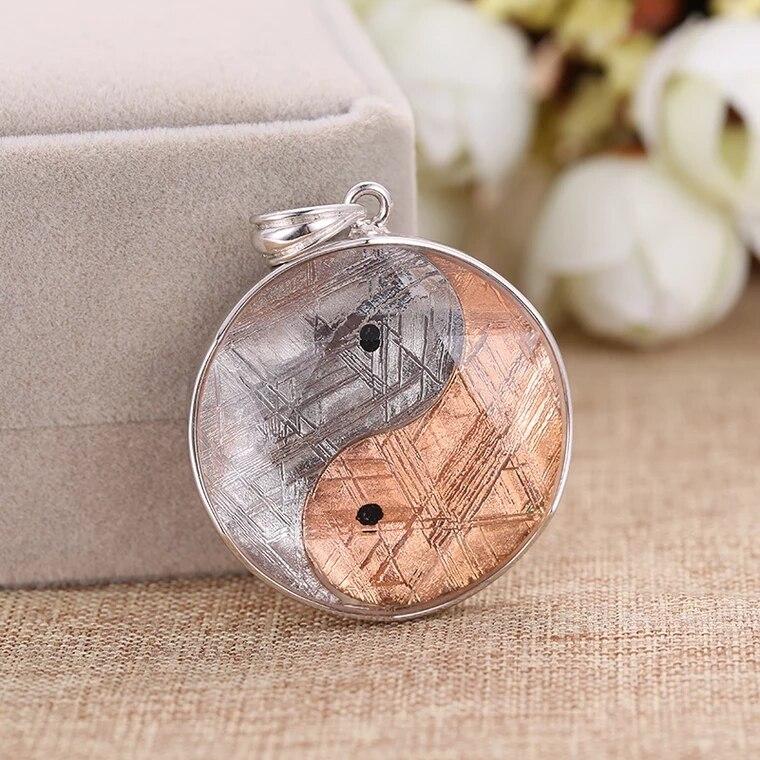 Genuine Natural Gibeon Iron Meteorite Gemstone Tai Ji Shape Moldavite Women Men Pendant 17mm 20mm 27mm 32mm AAAAA