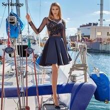 Короткое атласное платье мини с длинными рукавами и аппликацией