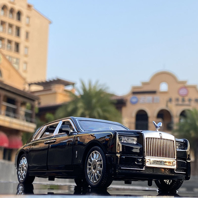 1:24 Rolls Royce Phantom Alloy Car Model Diecasts & Toy Vehicles Metal Car Model Collection Simulation Sound Light Kids Toy Gift 2