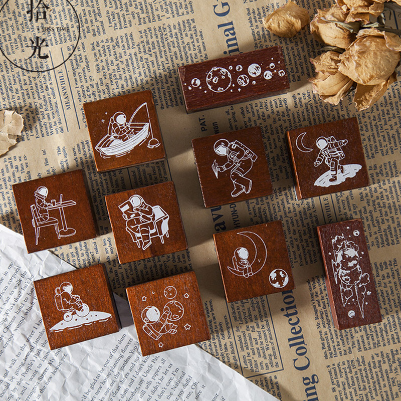 Space Suit Roaming Universe Stamp DIY Wooden Rubber Stamps For Scrapbooking Stationery Scrapbooking Standard Stamp