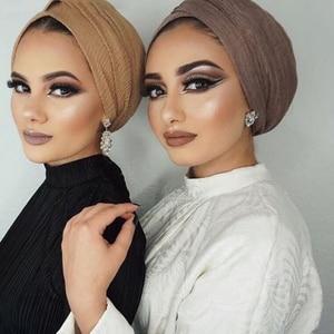 Image 2 - 女性イスラム教徒無地ソフトクリンクルスカーフラップショール綿ヒジャーブスカーフロングショールイスラムラップ女性のスカーフファッションスカーフ hijabs マフラーストール