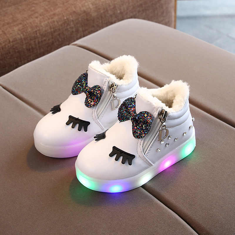 2019 ไฟ LED เด็กฤดูหนาวหิมะรองเท้าเด็กแฟชั่นรองเท้า bowknot รองเท้าอุ่นรองเท้าผ้าฝ้ายเรืองแสง