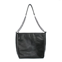 2019 brand high quality soft leather large pocket casual Rivet Chain handbag womens shoulder bag capacity