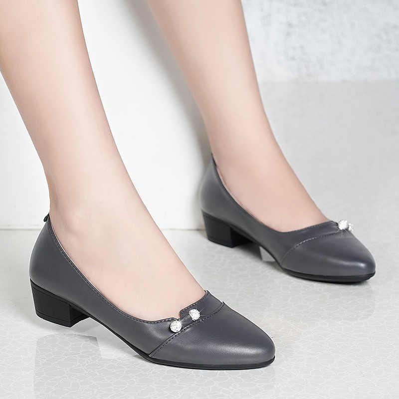 Kadın Pompaları Gri Tekne Ayakkabı Pu Deri Elbise Ayakkabı Orta Topuklu Ofis Ayakkabı Taklidi bağcıksız ayakkabı zapatos mujer N7793