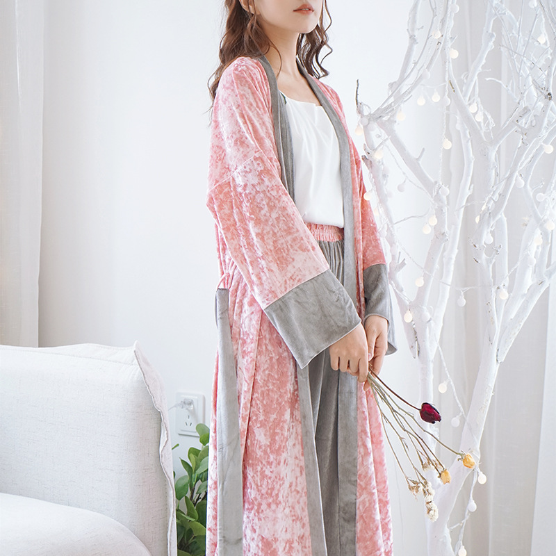 New Velvet Long Gown Bathrobe Long Sleeve Plus Size Robe Solid Womens Robes Sleepwear Pink Sexy Dressing Gown Bridesmaid Robe