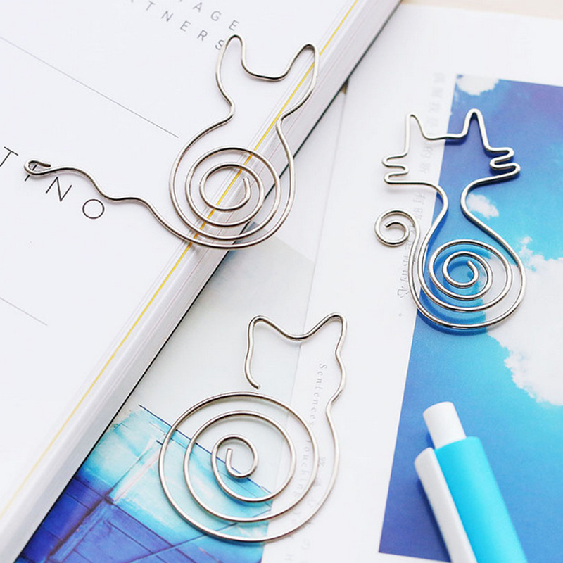 1pcs/lot Mini Cartoon Animal Paper Clip Metal Hollow BookmarkStationery School Supplies Material Message Folder Gift