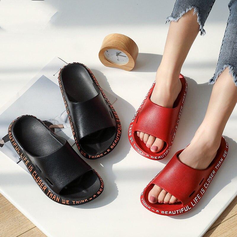 Summer Men Slippers Beach Shoes Male Flip Flops Lightweight Fashion New Arrival Lovers Couple Slippers Unisex Bathroom Slides