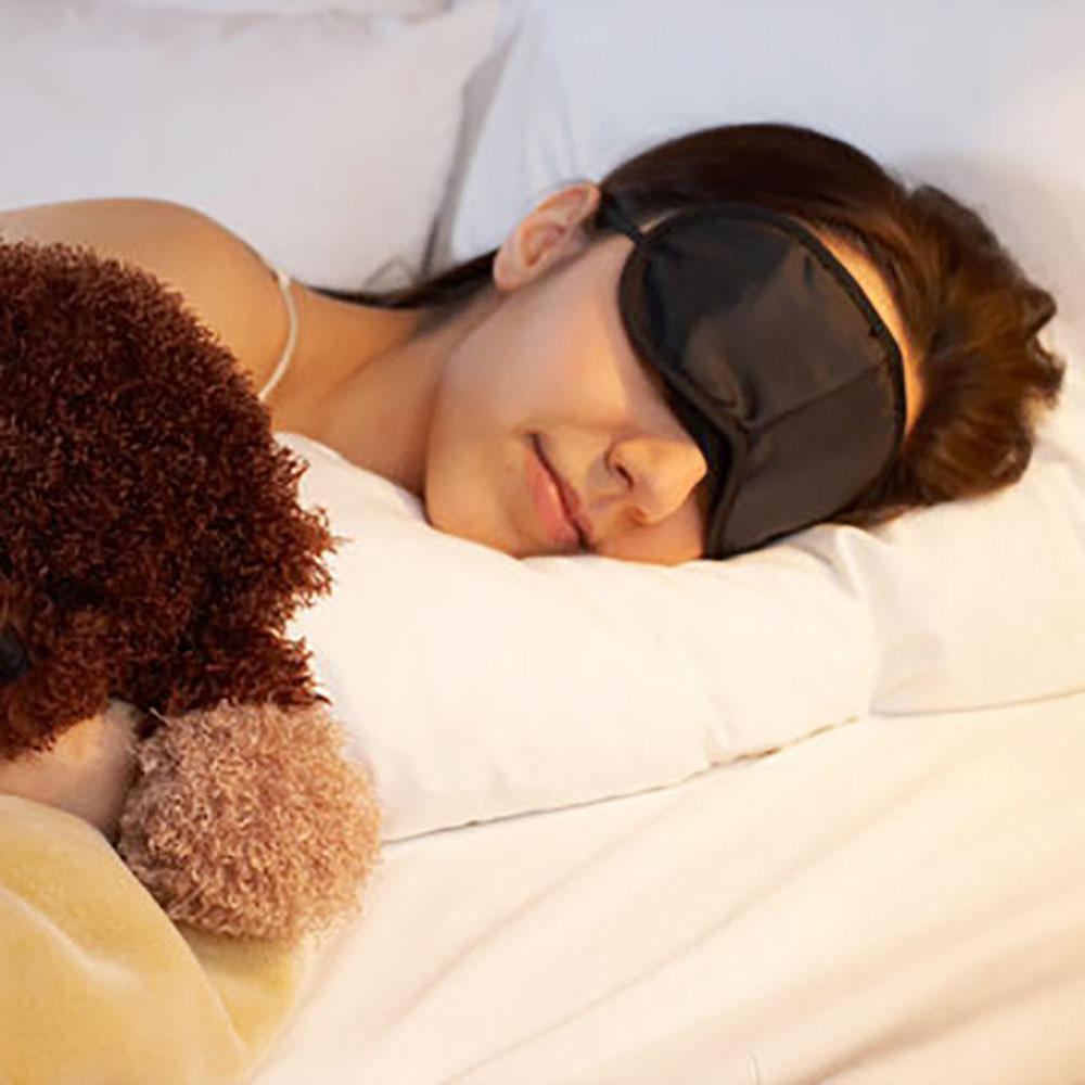 1Pcs Sleep Mask Natural Sleeping Eye Mask Eyeshade Cover Shade Eye Patch Women Men Soft Portable Blindfold Travel Eyepatch