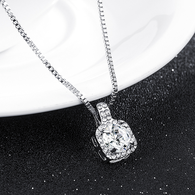 New Fashion 2019 Square Rhinestone Crystal Zircon Pendant Necklace Women Silver Metal Chain Necklace Jewelry 4