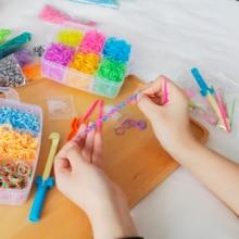 1800 шт. DIY игрушки резиновый ткацкий станок набор для детей DIY браслет силиконовые резиновые ленты эластичные радужные тканые ткацкие ленты игрушки детские товары