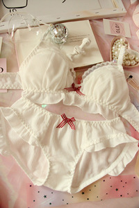 Image 5 - ญี่ปุ่นชีฟองน่ารัก Bra & กางเกงชุด Ruffles Wirefree ชุดชั้นใน Sleep Intimates ชุด Kawaii Lolita ชุดชั้นในสตรีชุด