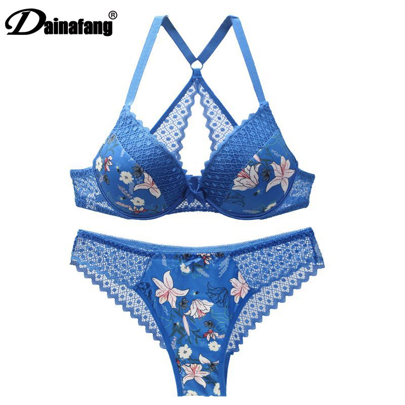New 2020 sexy 3/4 cup back closure lace women bra set thong hollow out  underwear  intimante  lingerie 1