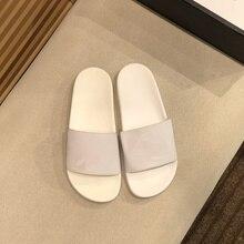 Tongs en cuir véritable pour hommes et femmes, pantoufles à la mode, sandales de luxe de styliste, chaussures de plage décontractées d'été Gg, 2021