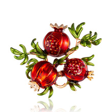 Creative new fashion retro fruit brooch 100 Han version of summer oil pomegranate corsage factory spot