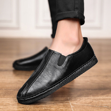 Men peas Shoes Genuine Leather Casual Loafers Men Moccasins Shoes Slip-on Soft Flats Footwear Lightweight Driving Shoes * soft women shoes flats moccasins slip on loafers genuine leather ballet shoes fashion casual ladies shoes footwear
