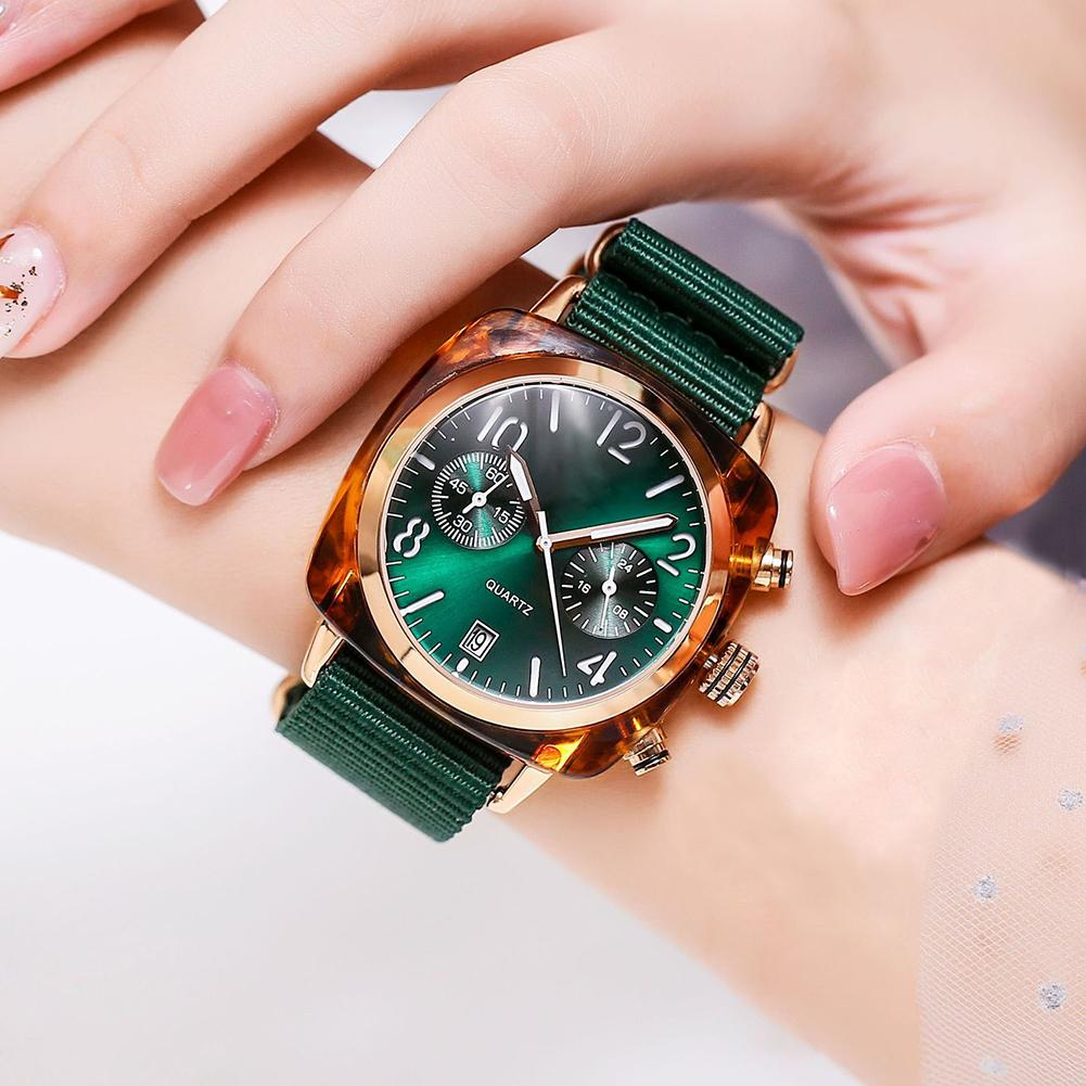 Couple Watch Fashion Trend Large Round Alloy Dial Unisex Watch Nylon Watch Strap Quartz Lover's Watches Zegarek Damski