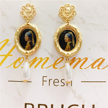 Baroque Pearl Drop Earrings Women Artist Vintage Famous Oil Painting Mona Gold Frame Alloy Long Dangle Personality Gift