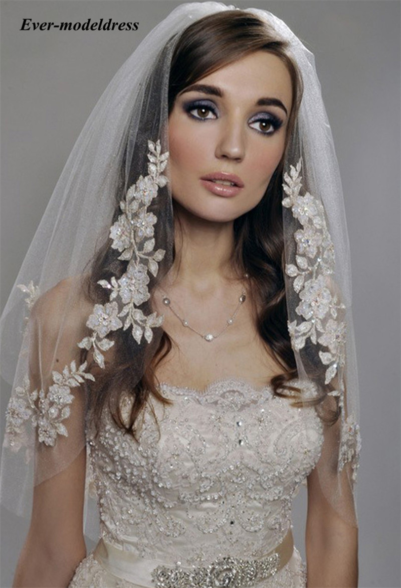Vintage Wedding Veil With Pearls Beading Lace Appliques 2 Layers With Comb For Bridal Veils Wedding Accessories 2019