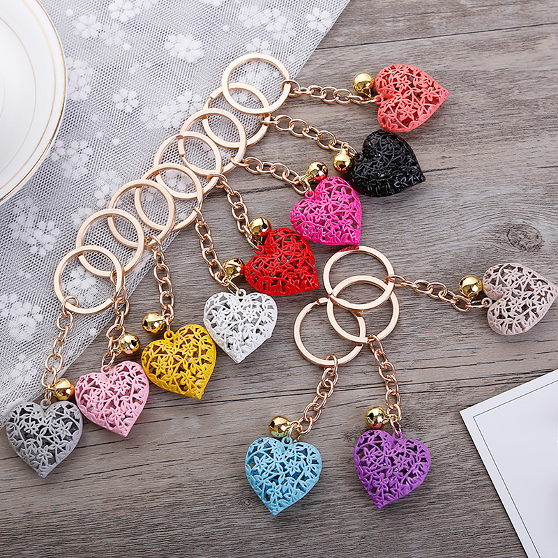 Hollow Heart Keychains Fashion Charm Cute Purse Bag Pendant Car Keyring Chain Ornaments Hanging Valentine's Day Gift Keychains